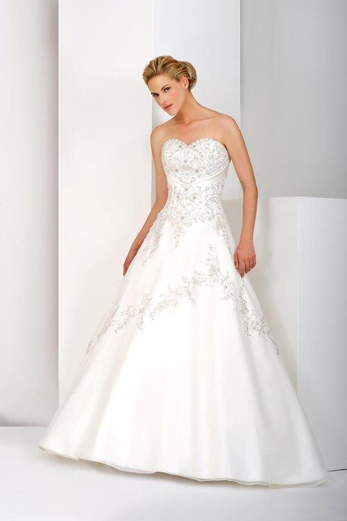 Wedding Dress For   Southampton : Annabella dresses brides of southampton